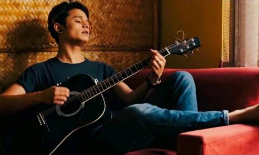 sanish shrestha biography age girlfriend realtion music voice of nepal